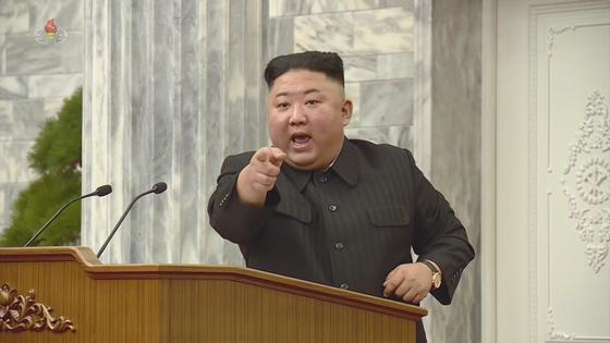 쳐다 보는 듯 손가락질 … 한 달 만에 경제 수장이 날아간 '김정은의 분노'