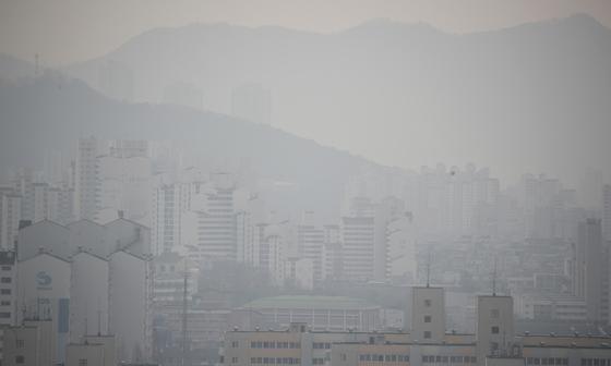 음력설 연휴 최악의 미세 먼지 피해 첫 긴급 감소 … 내일 오후 정리