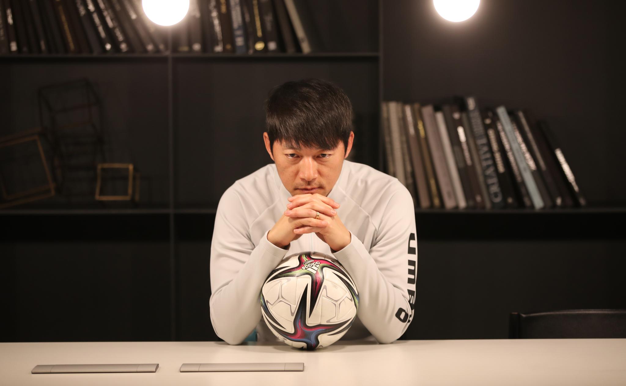 프로축구 사령탑 2년 차를 맞은 김남일 성남 감독은 세밀한 축구로 올 시즌 K리그 판도를 뒤흔들겠다는 각오다. 송봉근 기자