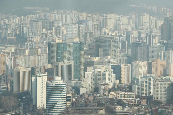 서울 영등포구 63스퀘어에서 바라본 서울 시내 아파트 단지. [연합뉴스]