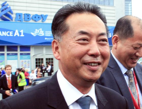 시아버지는 대사, 삼촌은 참모 총장 … 중국 주재 신임 대사 '북한 금 수저'