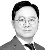 홍석철 서울대 경제학부 교수