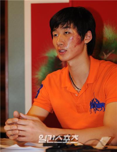 지난 2009년 기자회견을 열고 폭행 사실을 알렸던 박철우