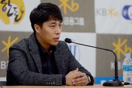 전 쇼트트랙 선수 김동성. 뉴스1