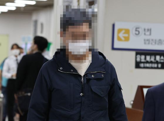 웅동중학교 교사 채용 비리 등의 혐의로 재판에 넘겨진 조국 전 법무부 장관의 동생 조권 씨.[연합뉴스]