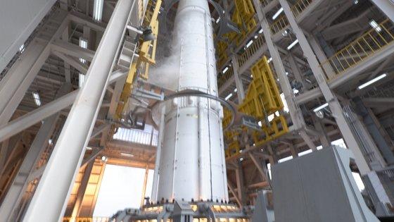 1단 인증모델 종합연소시험을 진행 중인 누리호의 1단 로켓 모습. [사진 한국항공우주연구원]