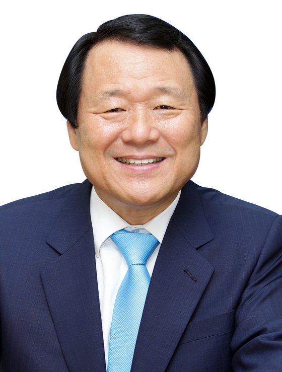 25일 염홍철 전 대전시장이 제25대 새마을운동중앙회장에 선출됐다. [사진 새마을운동중앙회]