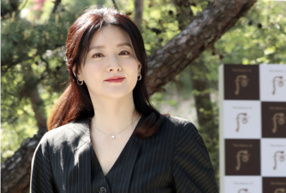 배우 이영애.