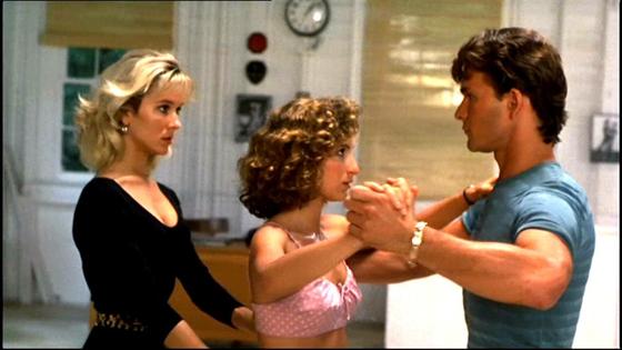 유명한 댄스영화 '더티 댄싱'에 보면 의사의 딸 베이비는 부모의 반대에도 불구하고 마지막 장면에서 댄스 교사 자니와 열렬한 더티 댄싱을 추는 장면이 나온다. [사진 영화 '더티댄싱' 스틸]