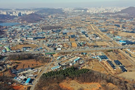 24일 신규 택지로 지정된 경기도 시흥시 과림동, 광명시 옥길동 일대의 모습. [뉴스1]