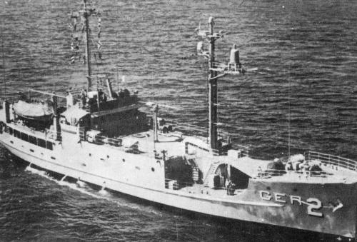 1968년 1월 북한 함정에 나포돼 원산항으로 강제 예인된 미 해군 첩보선 푸에블로호. [중앙포토]
