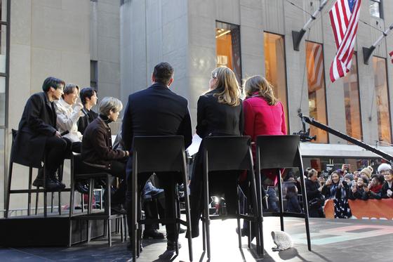 방탄소년단이 지난해 2월 미국 NBC방송 '투데이 쇼'에 출연한 모습. [박현영 기자]