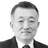 고현곤 논설주간 겸 신문제작총괄