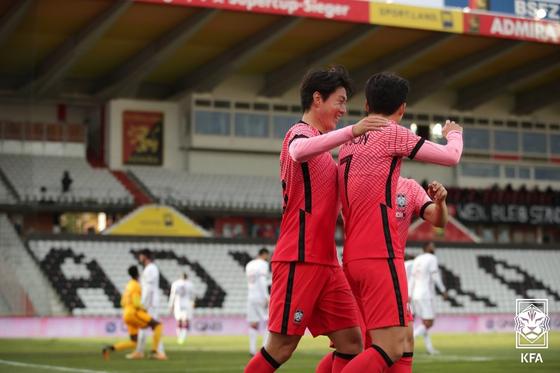 대한축구협회가 3월 A매치 기간 중 일본과 평가전을 기획 중이다. 사진은 지난해 11월 카타르와 평가전 모습. [사진 대한축구협회]