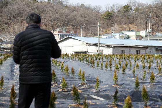 한국토지주택공사(LH) 일부 직원들의 투기 의혹과 관련해 정부합동조사단은 5일 이번 투기의혹 조사대상이 수만명에 달할 것이라며 조사대상을 더 확대하는 부분도 검토할 것이라고 밝혔다. 뉴스1