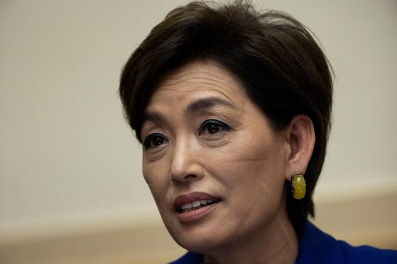 한국계인 영 김 의원이 아시아계 미국인에 대한 차별과 폭력 청문회에 출석해 증오와 공격을 멈춰야 한다고 호소했다. [로이터=연합뉴스]