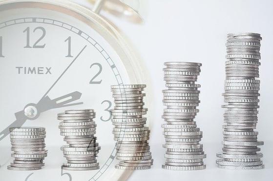 우리나라는 퇴직연금이 투자라는 개념이 제대로 자리를 잡지 못하고 있다. 근본적인 원인은 투자에 대한 지식이나 경험이 없는 가입자나 기업 제도 담당자에게 대부분의 책임이 떠넘겨져 있기 때문이다.[사진 pixabay]