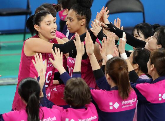 김연경, 12 년만에 우승 도전… 흥국 생명 챔프 진출