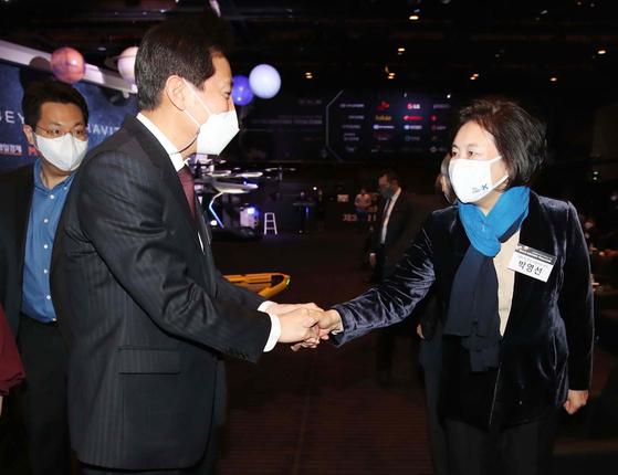 野 단신 후보 선출 직전 … 오세훈 48.9 % 박영선 29.2 % [리얼미터]