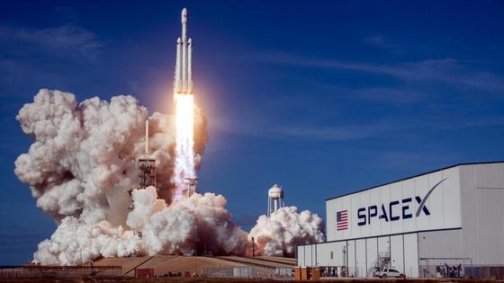 스페이스X의 Falcon 로켓 (출처: 스페이스X)