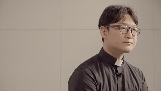지난 19일 이동환 목사가 중앙일보와 인터뷰하고 있다. 정수경PD