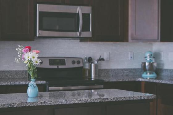 코로나로 매매 쌍방의 대면이 어려워지자 실제 모습 외에 공간감까지도 느끼게 해주는 3D영상을 활용한 매물 소개 방법이 미국 부동산 소개 웹사이트에 등장했다. [사진 pxhere]