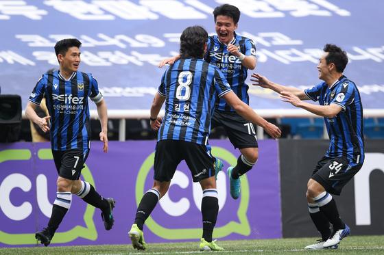 인천유나이티드 선수들. 사진 한국프로축구연맹