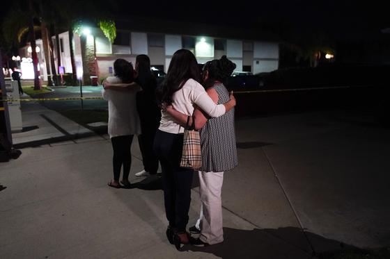 3월31일(현지시간) 미 캘리포니아 오렌지카운티에서 총격 사건이 벌어져 4명이 숨졌다. [AP=연합뉴스]