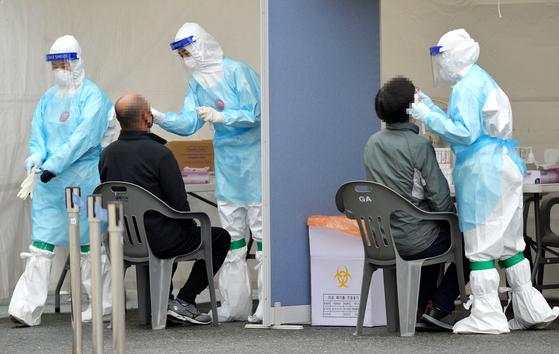 부산 엔터테인먼트 시설에서 또 다른 코로나 바이러스 확인 … 14 명 추가, 총 287 명