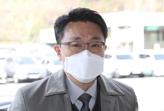 김진욱 고위공직자범죄수사처 처장이 6일 오전 출근하고 있다. 뉴스1