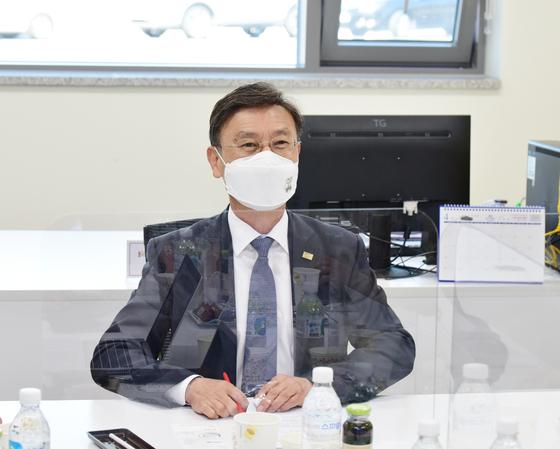 김포FC 프로화 도전을 위해 재단법인 전환을 주도한 정하영 김포시장. [사진 김포FC]