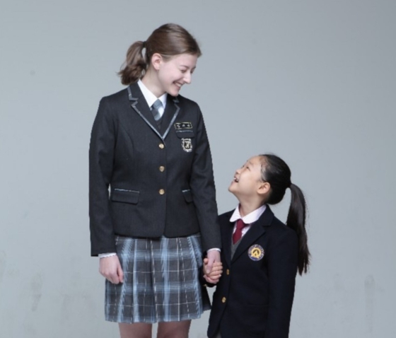 말레네와 홈스테이 가정의 여동생 허주현(9)양은 단짝이 됐다. 사진 말레네 제공