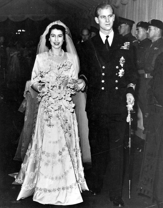1947년 11월 열린 엘리자베스 2세 여왕과 필립 공의 결혼식. 중앙포토
