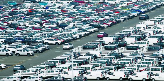 지난달 15일 현대자동차 울산공장 수출 선적부두 인근 야적장. 뉴스1