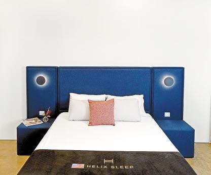 '젠틀 침대'는 호텔식 조명침대가 갖춰야 할 편안함과 세련된 침실 인테리어 효과에 초점을 맞췄다. [사진 라이핏]