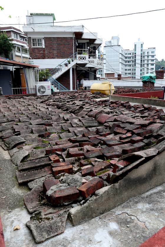 지난 2017년 8월 서울 종로구 창신동 일대 노후주택이 밀집돼 있다. 김경록 기자.