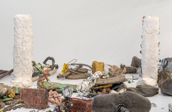 영국 조각가 마이클 딘의 '삭제의 정원'. 전체 설치작업을 소장하겠다는 기관의 러브콜이 이어지고 있다. [사진 바라캇 서울]
