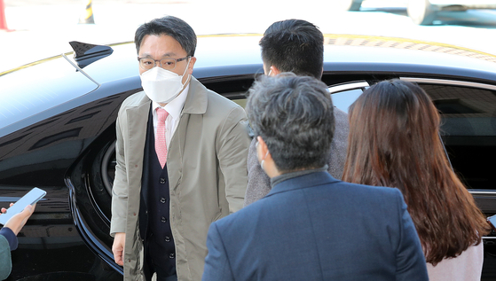 14일 김진욱 고위공직자범죄수사처 처장이 사무실로 출근하고 있다. 뉴스1