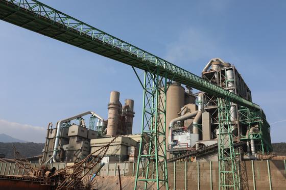 탈석탄을 위한 폐합성수지 투입 관련 설비 [사진 쌍용C&E]
