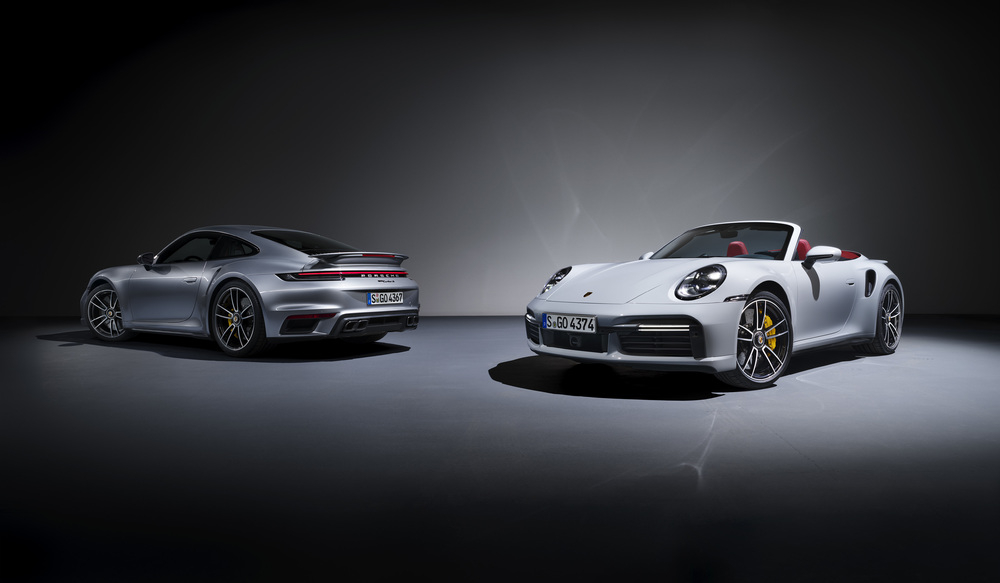 신형 911 터보S 쿠페와 카브리올레. 사진 포르쉐코리아