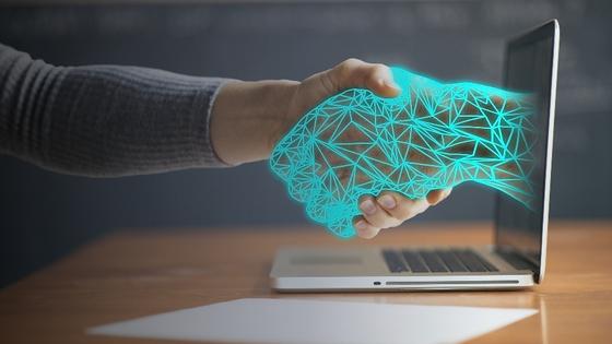 코로나19와 52시간 근무의 영향으로 국내 RPA 시장이 빠르게 성장하고 있다. 인공지능(AI)이 접목되면서 RPA의 업무 역량이 높아지고 활용 범위가 넓어졌다. [사진 포스코ICT]