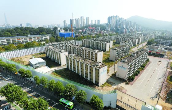 재건축 사업을 진행 중인 서울 강남구 개포주공 1단지의 모습. 뉴스1