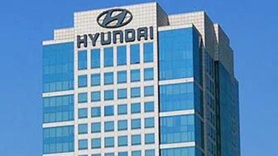서울 양재동 현대자동차그룹 사옥에 있는 현대차 로고. [중앙포토]