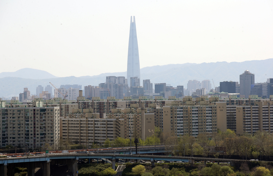 서울시가 토지거래허가구역으로 지정한 압구정동 일대. 연합뉴스