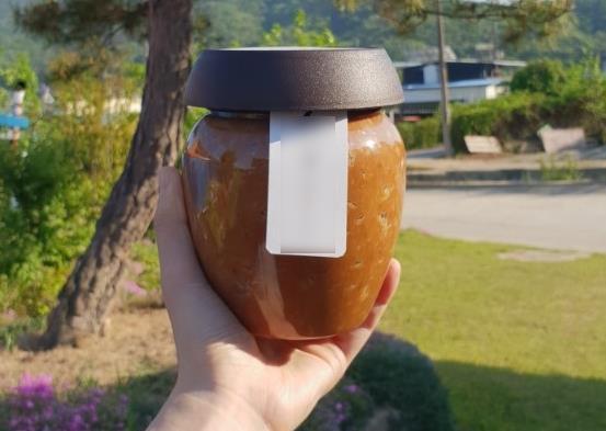 원산지를 알 수 없는 된장에 외국산 콩으로 만든 된장 약 60%를 섞은 뒤 국내산 콩 100%로 둔갑한 된장. 사진 국립농산물품질관리원 경북지원