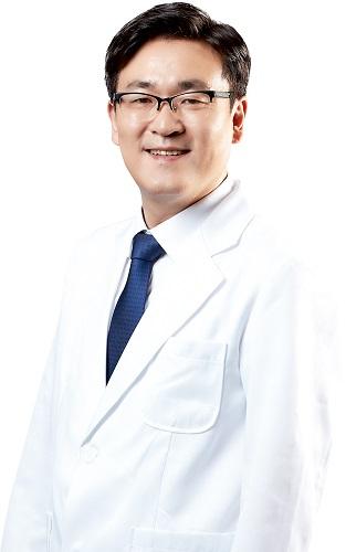 [사진 : S서울병원 정형외과 노경선 원장]