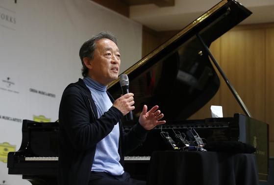 2014년 이후 7년 만, 음악계 데뷔 이후 두번째로 피아노 독주 무대에 서는 정명훈. [연합뉴스]