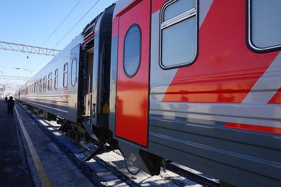 많은 여행자들이 꿈꾸는 시베리아 횡단 열차 여행. 블라디보스토크를 출발, 모스크바까지 지구 둘레의 약 4분의 1(9297km)을 시차가 7번 바뀌면서 6박7일에 걸쳐 달린다. [사진 pixabay]