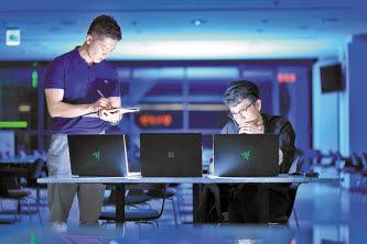 블록체인 전문가들이 주식·통화·가상자산에 투자하는 퀀트 펀드 'OPUS'를 선보였다.