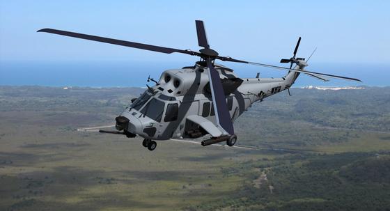 한국항공우주산업(KAI) 마린온에 무장을 추가한 개조형이 해병대 상륙공격헬기에 선정됐다. 무장을 추가한 가상의 그림 [KAI]